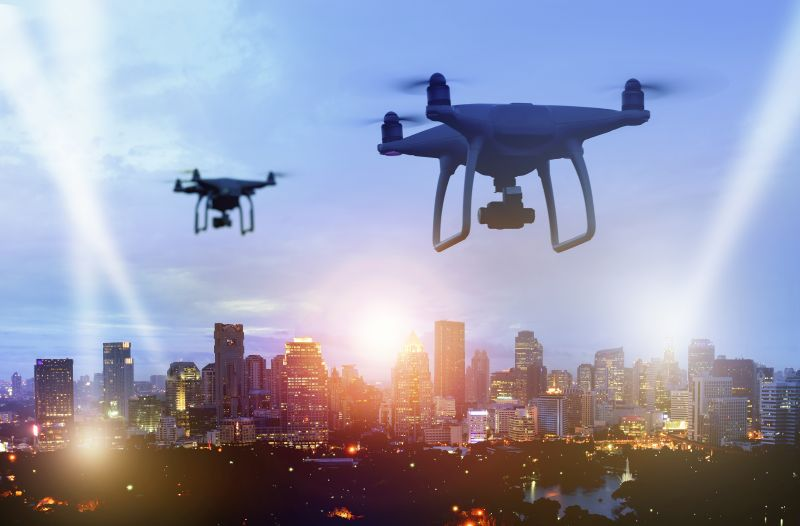 Drony použití letectví