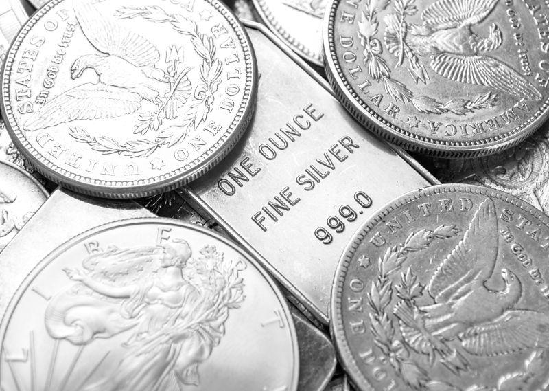 Stříbro může být lepší investicí než nemovitosti.
