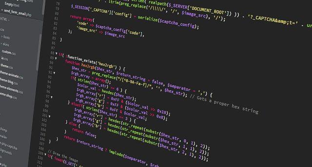 Smart kontrakty si můžete si je představit jako počítačový protokol nebo software.