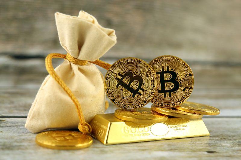 Bitcoin, zlato nebo stříbro nejsou závislé na současném finančním systému